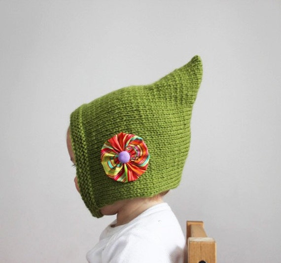iddy Biddy Pixie Bonnet - Spring Green - Vintage Inspired Baby or Toddler Cap with Flower on the Side