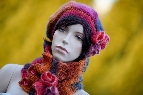 Yarn worsted wool beret and neckwarmer with flower , roses, rubella, victorian style