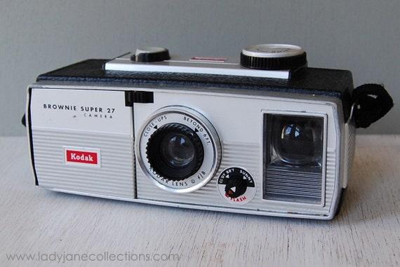 vintage kodak brownie super 27 camera flash. Black Bedroom Furniture Sets. Home Design Ideas