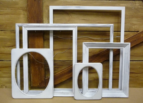 6 frames Upcycled grouping White washed out Collection Large to small