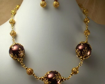Necklace Large Chocolate Brown Pearls Gold Leaf Beadcaps Filigree Choker Length
