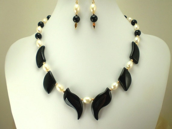 Black Onyx Necklace, Creamy White Freshwater Pearls, 14K Gold Rounds