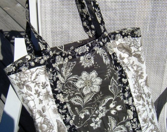 Quilted Market Tote Toile Print