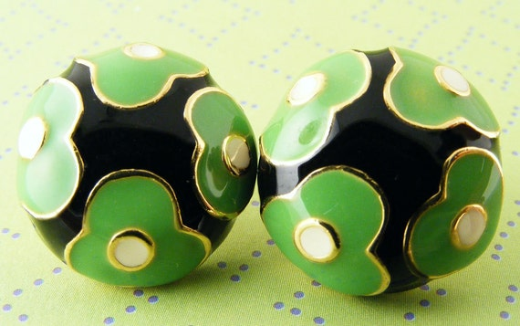 Vintage Earrings Enamel Flower Button Pierced