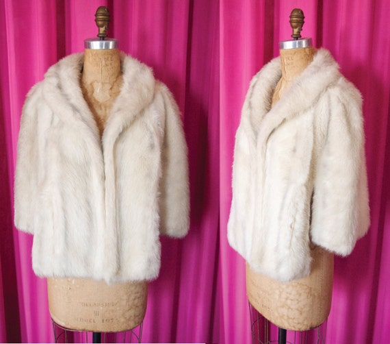 Vintage 1950's Winter White Faux Rabbit Fur Wrap