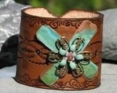 Leather cuff  vintage  jewelry green windmill
