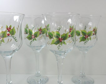 Holiday Wine Glasses Hand Painted Holly Berries Gold Trimmed Set of 4