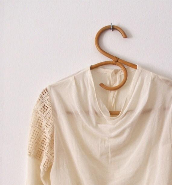 Cool 70s crochet insert bell sleeve top