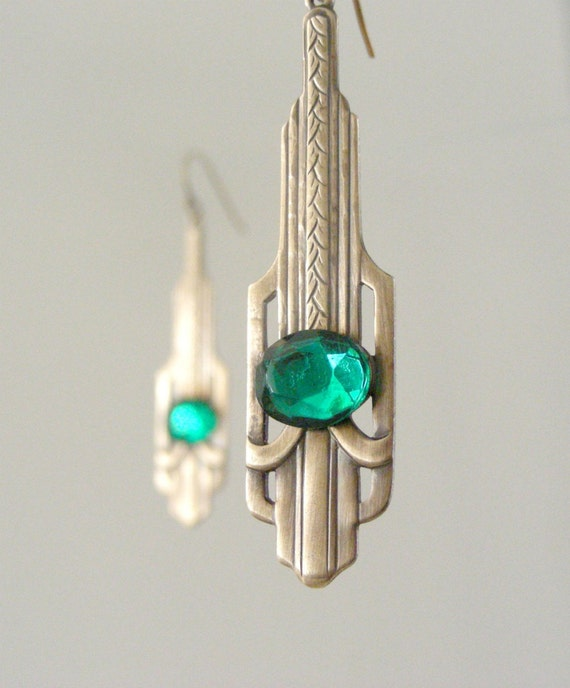 Emerald Earrings - Vintage Brass jewelry  - Art Deco Earrings - Emerald Green Earrings - Vintage Jewelry - May Birthstone -handmade jewelry