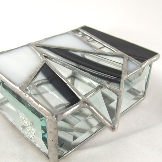 Black and White Triangle design Abstract Stained Glass Box