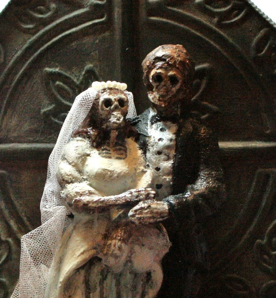 Day of the Dead Bride and Groom with metal stand