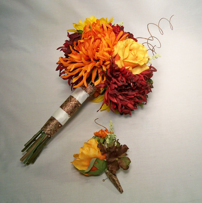 Roses And Sunflowers Wedding Bouquets