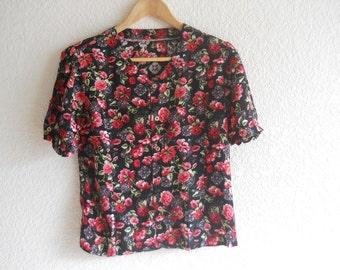 vintage blouse - red floral print
