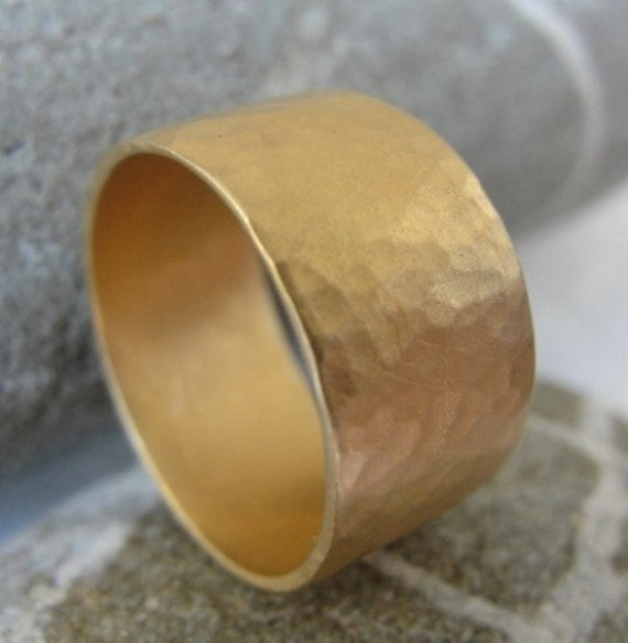 Hammered Wedding Band ,  Gold Wedding Ring , Unisex Wedding Ring , Gold Band , Gold Hammered Wedding  Ring ,  Gold Flat Hammered Band