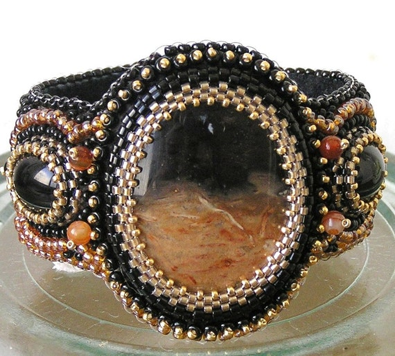 Embroidered brown bracelet beaded  - Sunset in the desert - FREE SHIPPING