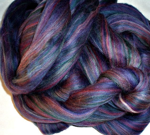 Polwarth Combed Top 6 Oz. Multicolor Purple for Spinning or Felting