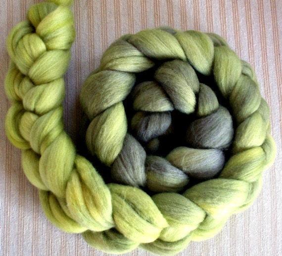 BFL/Silk  Combed Top 4 Oz. Charcoal Seaweed Gradient