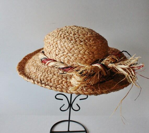 Vintage HEAT WAVE Tan Straw Hat - Raffia Ribbon