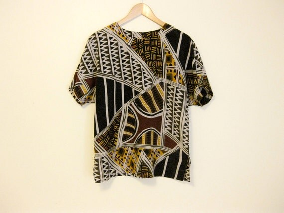1980s oversize dolman sleeve abstract african print top