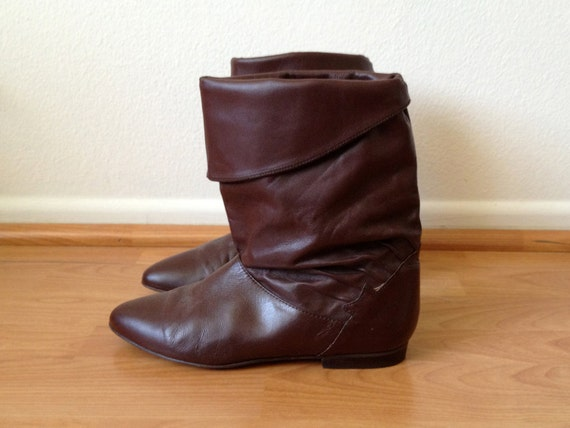 1980s brown leather flat western cuff ankle boots by