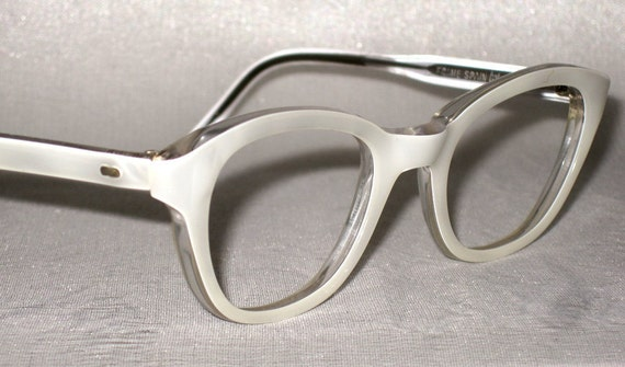 50s Cat Eye Eyeglass Frames. White and by CollectableSpectacle