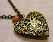 In My Heart - Necklace with Heart-shaped Locket