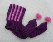 Baby pixie-hat with scarf in pure and soft baby merino in purple and rose