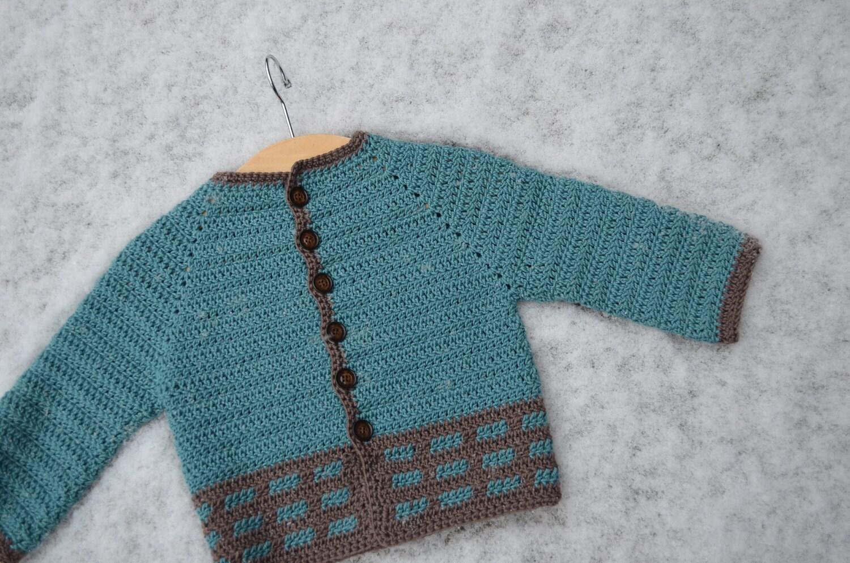 Crochet Baby Waistcoat Pattern : Crochet pattern : baby-vest in 3 sizes by vicarno on Etsy