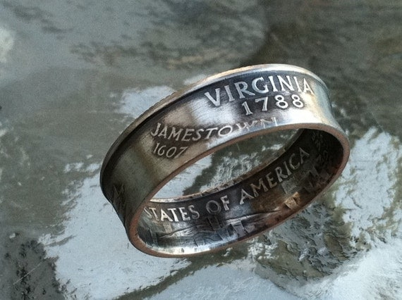 This listing is for a Virginia Quarter coin ring.SIZE: 4.5 to 14. $30.