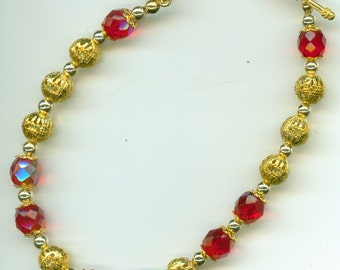 99 cent U.S. shipping ...Dressy Bracelet Red & Gold ...Fancy, Dressy, Sparkley, Lovely bracelet, with discounted International shipping fees