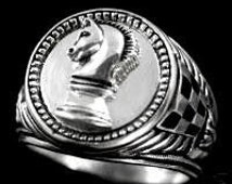Knights Chess Piece Mens Signet ring  sterling Silver.925