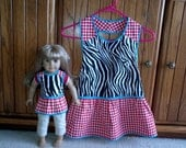 "Matching aprons for girl and 18"" Doll - zebra and gingham"