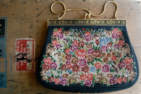 vintage needlework purse / 1960s accessories / JARDIN ANGLAIS