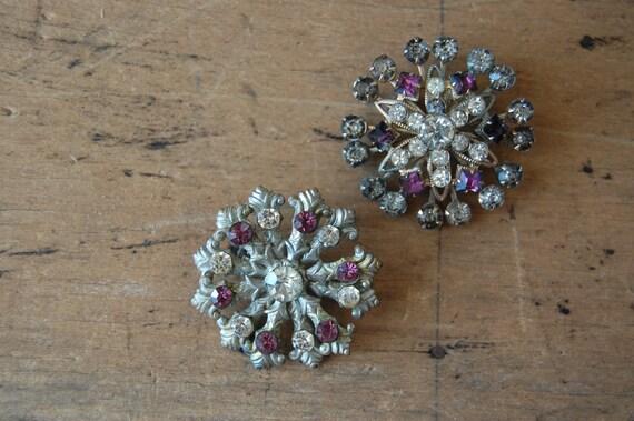 vintage rhinestone brooches / 1940s jewelry / SNOWFLAKE I