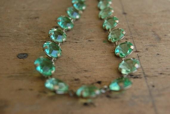 vintage Art Deco necklace / 1930s jewelry / MOROCCAN MINT