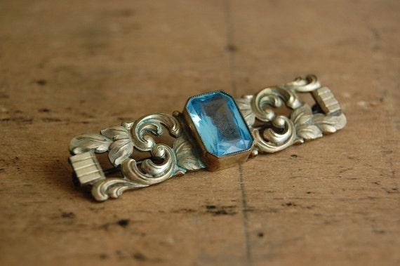 vintage glass brooch / 1940s jewelry / CORINTH
