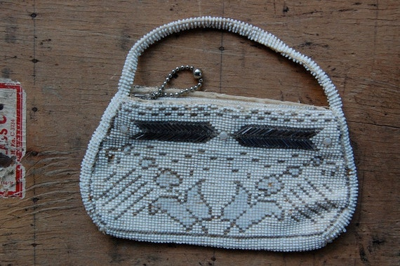 vintage bead purse / 1930s purse / DALTON POINT