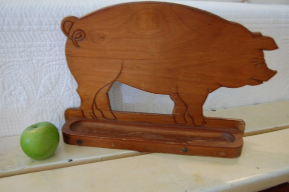 Wooden Pig Decor Shelf by Retro Daisy Girl
