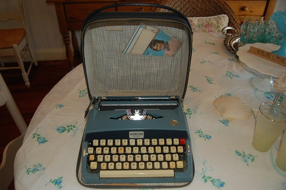 Vintage Typewriter Webster XL500 Portable in Blue Case at Retro Daisy Girl