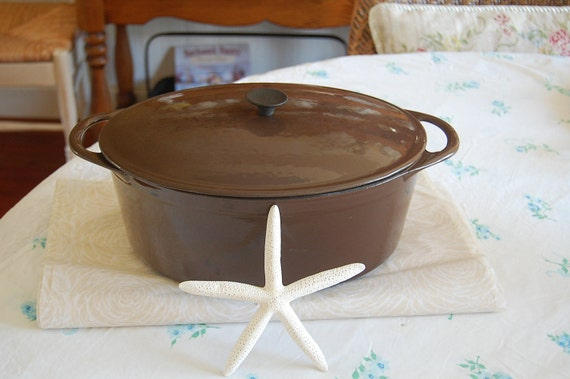 Reserved for Joanne.....Vintage Cousances Le Creuset Dutch Oven Chocolate Brown Cast Iron at Retro Daisy Girl