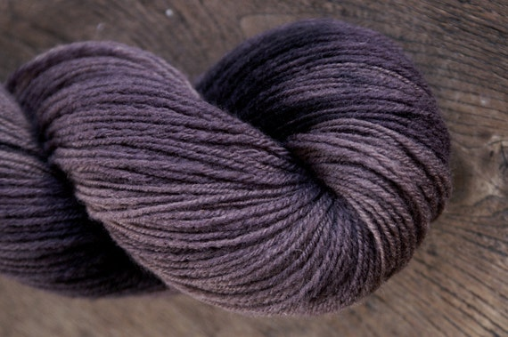 DARK PORT Handspun Naturally Hand-dyed Sock Yarn - 386yds