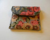 Gray Asian Floral Pocket Purse