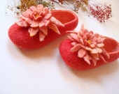 RESERVED Felted red slippers with flower decoration Size 7US