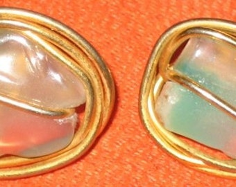 Vintage Clip On Earrings Gold Wire Metal and Polished Stone