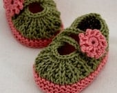 Knitting Pattern (PDF file) - Daisy Baby Booties (0-6/6-12 months)