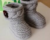 Knitting Pattern (pdf file) Stylish Baby Boots ( sizes 0-6/6-12 months)