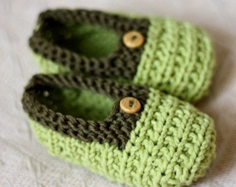 Knitting pattern (pdf file) - Baby Slippers Green