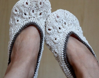 Knitting Pattern (pdf file) - Home Slippers Vanilla (Adult sizes)