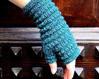 Knitting Pattern (PDF file) Charme Mitts