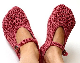 Knitting Pattern (PDF file) -  Vintage Home Slippers (Adult sizes)
